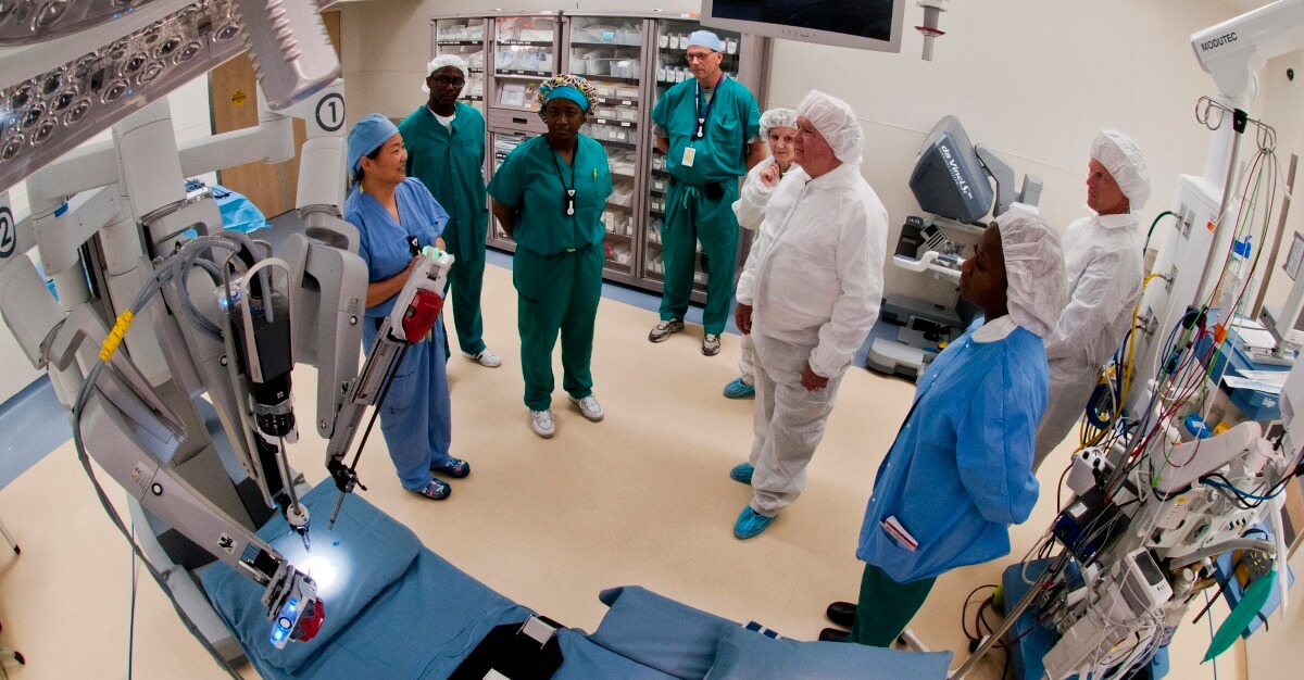 Robotic Surgery team, by Army Medicine, licensed under CC BY 2.0